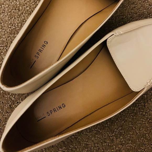 Pointed flats size 8.5